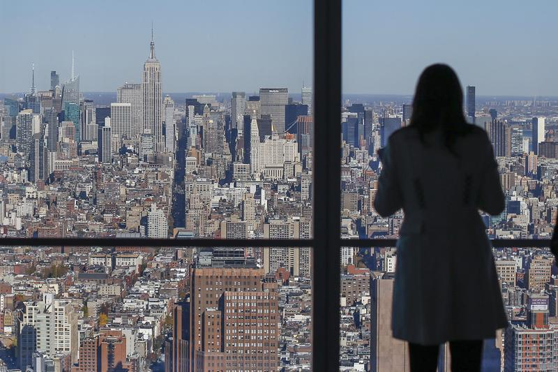 Manhattan Apartment S Reach Highest Level In 25 Years