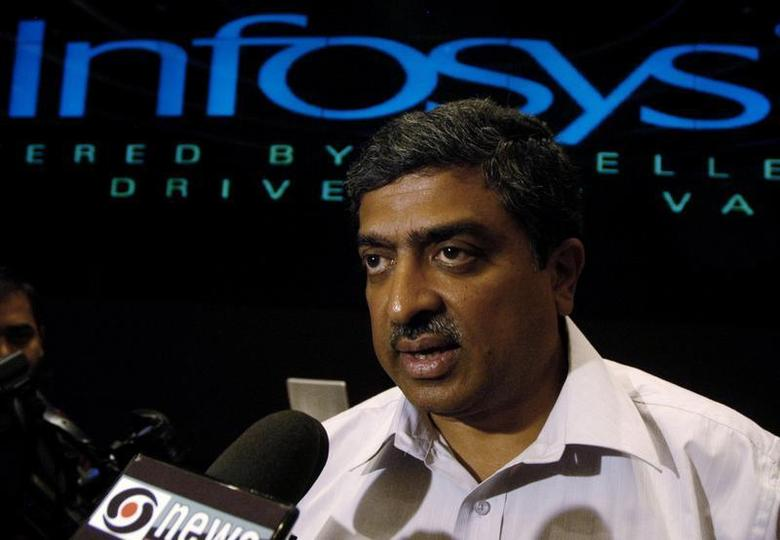 Nandan M. Nilekani, speaks to the media at the Infosys campus, in the southern Indian city of Bangalore, January 11, 2007. REUTERS/Jagadeesh NV