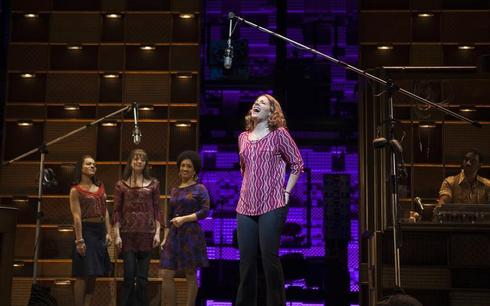 'Beautiful: The Carole King Musical' star wins critical praise
