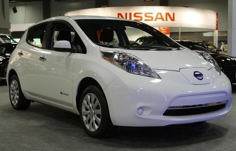 A 2013 all electric Nissan Leaf is seen at the Washington Auto show February 6, 2013. REUTERS/Gary Cameron