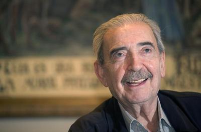 Argentine poet, political critic Gelman dies in Mexico