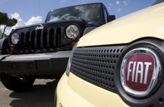 Fiat a achevé le rachat du solde du capital de Chrysler, propriétaire notamment de la marque Jeep. L'accord de 4,35 milliards de dollars sur les 41,46% du capital de l'américain permet au groupe automobile italien de faire de Chrysler une filiale à 100%. /Photo d'archives/REUTERS/Tony Gentile