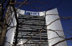 Le groupe américain Discovery Communications a conclu un accord avec le groupe de télévision TF1 pour porter de 20% à 51% sa participation dans Eurosport International, prenant le contrôle de la plate-forme dédiée au sport. /Photo d'archives/REUTERS/Brad Bower