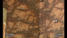 A NASA combination handout photograph shows the surface of Mars in front of the Mars rover on December 26, 2013 (L) and on January 8, 2014. REUTERS/NASA/Handout via Reuters