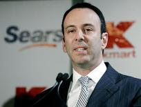 Edward S. Lampert (L) speaks at a news conference in New York in this November 17, 2004 file photograph. REUTERS/Peter Morgan/Files