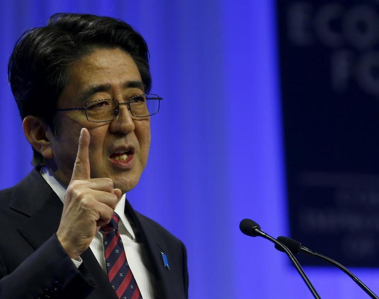 Japan's Prime Minister Shinzo Abe addresses a session at the annual meeting of the WEF in Davos January 22, 2014. REUTERS/Denis Balibouse