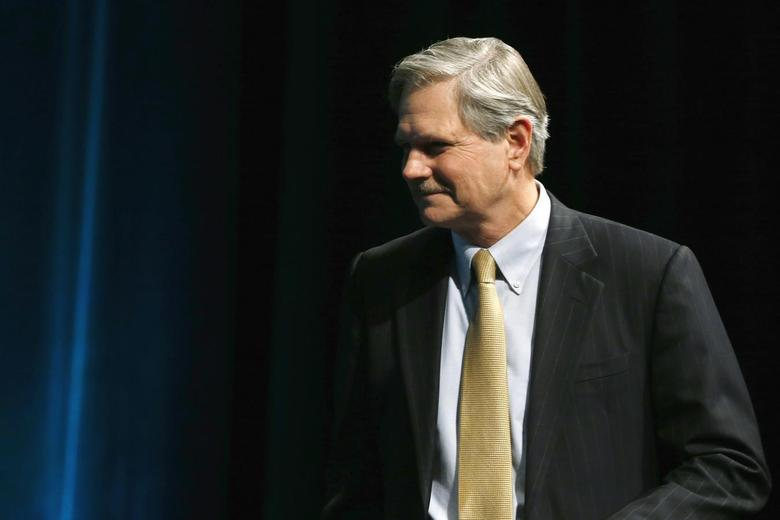 U.S. Senator John Hoeven (R-ND) participates in the Washington Ideas Forum at the Newseum in Washington, November 13, 2013. REUTERS/Jonathan Ernst