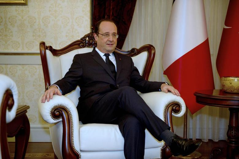 French President Francois Hollande is seen as he meets Turkey's Prime Minister Recep Tayyip Erdogan (not pictured) in Ankara, as part of a two-day state visit in Turkey, January 27, 2014. REUTERS/Alain Jocard/Pool