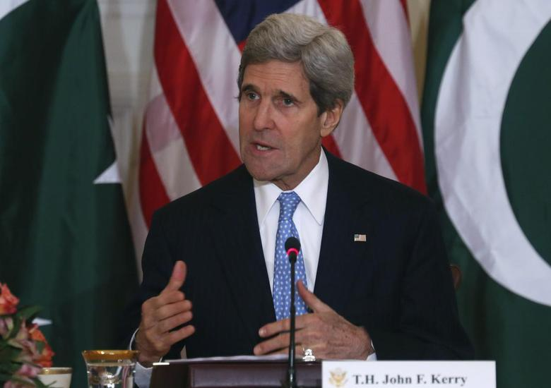 U.S. Secretary of State John Kerry delivers opening remarks at a U.S.-Pakistan ministerial-level meeting at the State Department in Washington, January 27, 2014. REUTERS/Yuri Gripas