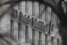 Picture shows the logo at the headquarters of the Deutsche Industriebank IKB in the western German city of Duesseldorf December 10, 2007. REUTERS/Wolfgang Rattay
