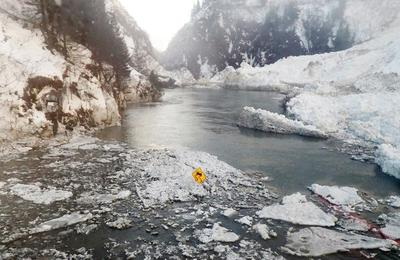 Road to Alaska port city cut off by avalanches set to reopen