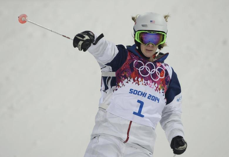 Hannah Kearney of the U.S. reacts during the women's freestyle skiing moguls qualification round at the 2014 Sochi Olympic Games in Rosa Khutor February 6, 2014. REUTERS/Dylan Martinez