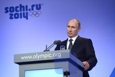 Russian President Vladimir Putin speaks during the IOC President's Gala Dinner in Sochi February 6, 2014. REUTERS/Alexei Nikolsky/RIA Novosti/Kremlin
