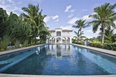 La propriété de Miami Beach où Al Capone a fini ses jours en 1947 après sa sortie de la prison d'Alcatraz a été mise en vente au tarif de 8,5 millions de dollars. /Photo diffusée le 8 février 2014/REUTERS/One Sotheby's International Realty