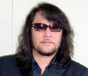 """Mamoru Samuragochi, surnommé le """"Beethoven japonais"""", a annoncé mercredi qu'il avait récupéré une partie de ses capacités auditives, une semaine après avoir déclenché un scandale national en admettant qu'il avait eu recours aux services d'un """"nègre"""". /Photo d'archives/REUTERS/Kyodo"""