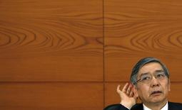 Bank of Japan Governor Haruhiko Kuroda gestures as he listens to questions from reporters during a news conference at the BOJ headquarters in Tokyo January 22, 2014. REUTERS/Yuya Shino