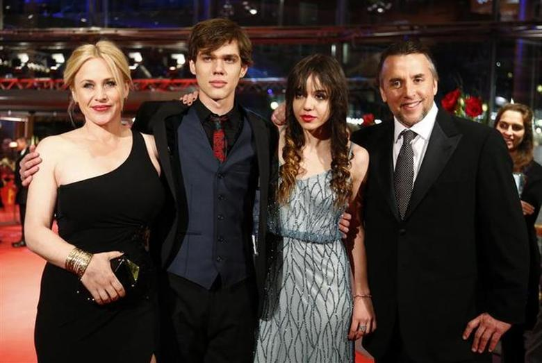 (L-R) Cast members Patricia Arquette, Ellar Coltrane and Lorelei Linklater, and director, screenwriter and producer Richard Linklater arrive on the red carpet to promote the movie ''Boyhood'' during the 64th Berlinale International Film Festival in Berlin February 13, 2014. REUTERS/Tobias Schwarz