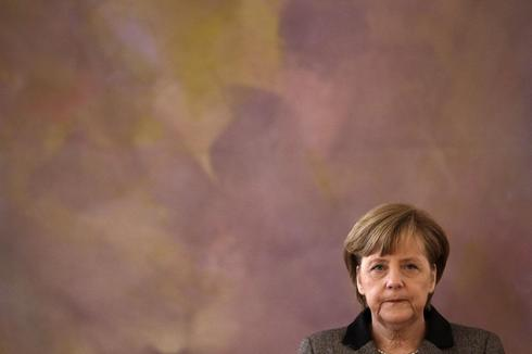 Germany's Merkel convenes allies to restore confidence after scandal