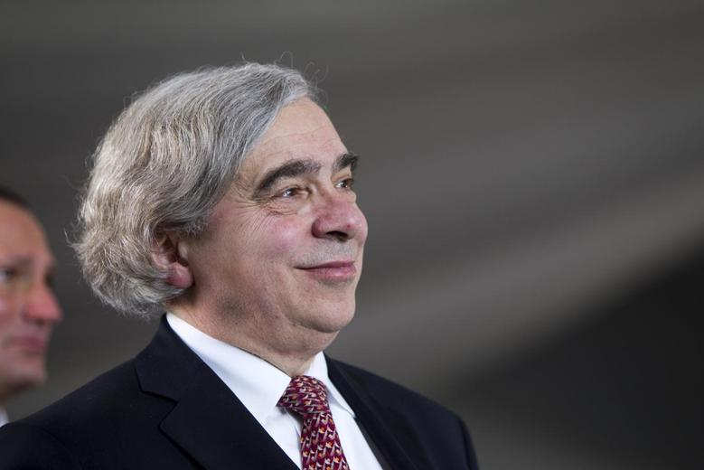 United States Secretary of Energy Ernest Moniz attends the grand opening of the Ivanpah Solar Electric Generating System in the Mojave Desert near the California-Nevada border February 13, 2014. REUTERS/Steve Marcus