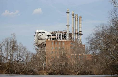 North Carolina defends coal ash oversight after second leak