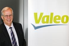 Jacques Aschenbroich, directeur général de l'équipementier automobile Valeo, qui a annoncé jeudi des résultats annuels en nette progression, marqués par une nouvelle amélioration de sa rentabilité. /Photo d'archives/REUTERS/Benoît Tessier
