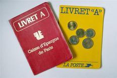 Le Livret A et le Livret de développement durable (LDD), les deux livrets d'épargne défiscalisée en France, ont enregistré en janvier leur plus forte collecte depuis neuf mois. /Photo d'archives/REUTERS/Charles Platiau