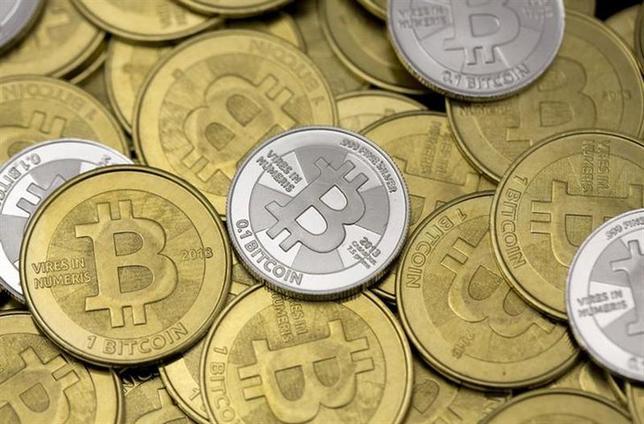 2月25日、仮想通貨ビットコインの大手取引所マウント・ゴックスのウェブサイトが利用できない状態だ。ビットコイン業界の主要6社がマウント・ゴックスとは距離を置く内容の共同声明を発表した直後から、利用不能となっている。米ユタ州で1月撮影(2014年 ロイター/Jim Urquhart)