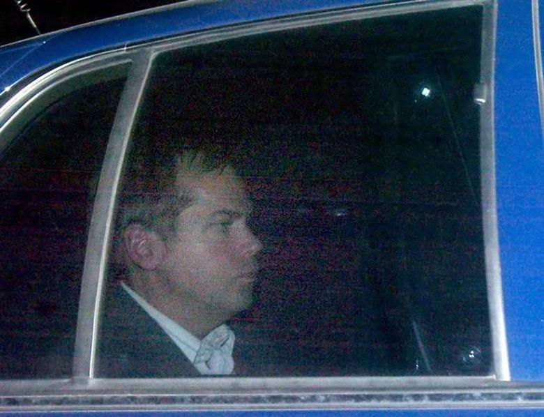 John Hinckley Jr. departs from the E. Barrett Prettyman U.S. District Court building in Washington, November 18, 2003 file photo. REUTERS/Brendan Smialowski