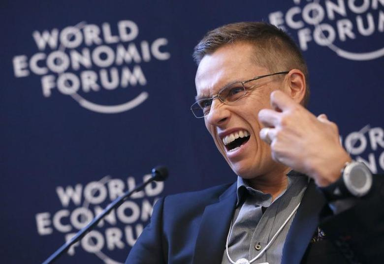 Finland's Minister of European Affairs and Foreign Trade Alexander Stubb gestures as he addresses delegates during the annual meeting of the World Economic Forum (WEF) in Davos January 26, 2013. REUTERS/Pascal Lauener