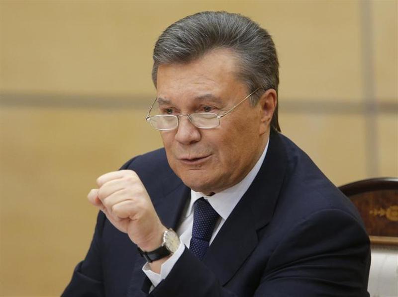 ヤヌコビッチ氏、ロシアにウクラ...