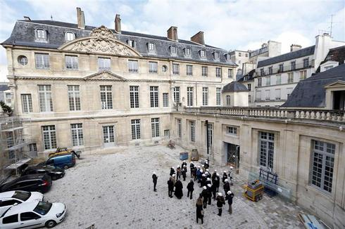 Picasso 'at home' in renovated Parisian museum