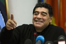 Maradona fala durante uma coletiva de imprensa em Roma. Lionel Messi continuará tendo méritos para ser considerado um dos maiores jogadores de futebol da história, mesmo se a seleção argentina não ganhar a Copa do Mundo deste ano, no Brasil, disse Diego Maradona em uma entrevista publicada nesta terça-feira. 14/02/2014 REUTERS/Giampiero Sposito
