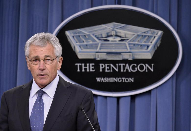U.S. Secretary of Defense Chuck Hagel makes remarks to the press on looming budget cuts at the Pentagon, Arlington, Virginia, February 24, 2014. REUTERS/Mike Theiler