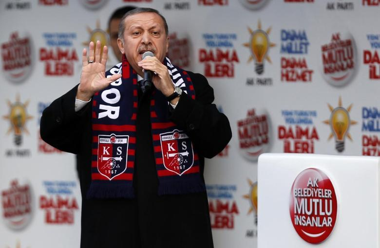 Turkey's Prime Minister Tayyip Erdogan addresses the crowd during an election rally in Kirikkale, central Turkey March 4, 2014. REUTERS/Umit Bektas