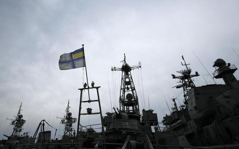 Ukrainian navy ships are docked at the Crimean port of Yevpatorya March 8, 2014. REUTERS/David Mdzinarishvili