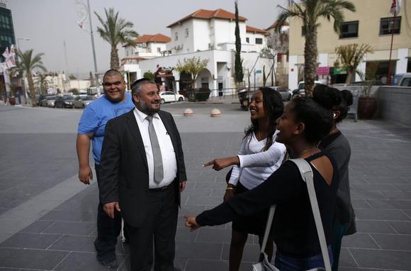 Orthodox Beit Shemesh: Ultra-Orthodox Mayor Wins Vote In Israeli Town Torn By