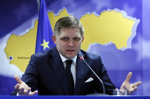 Slovak PM Fico fights political newcomer for presidency