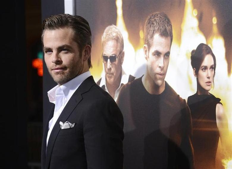 Actor Chris Pine attends the premiere of the film ''Jack Ryan: Shadow Recruit'' in Los Angeles January 15, 2014. REUTERS/Phil McCarten