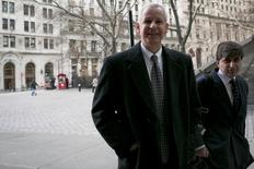 Dish Network Chairman Charlie Ergen (C) arrives at the U.S. Bankruptcy Court in Manhattan in New York January 13, 2014. REUTERS/Brendan McDermid