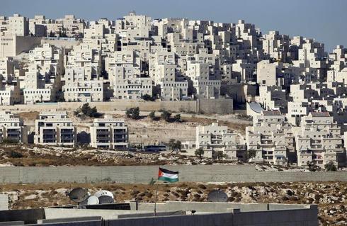 Israel approves 184 new settlement homes