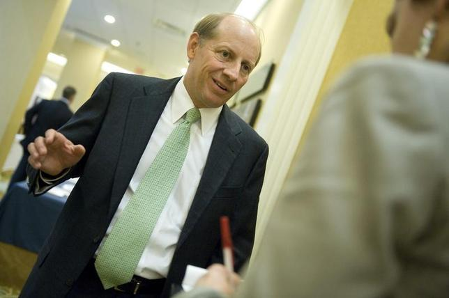 Zions Bancorp CEO Harris Simmons talks to a reporter at the American Banker Regulatory Symposium in Washington September 20, 2011. REUTERS/Jonathan Ernst