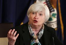 La presidenta de la Reserva Federal de Estados Unidos, Janet Yellen, en declaraciones en una conferencia de prensa en Washington. 19 de marzo, 2014. REUTERS/Larry Downing