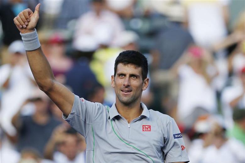Djokovic ends Murray's reign to reach Miami semis