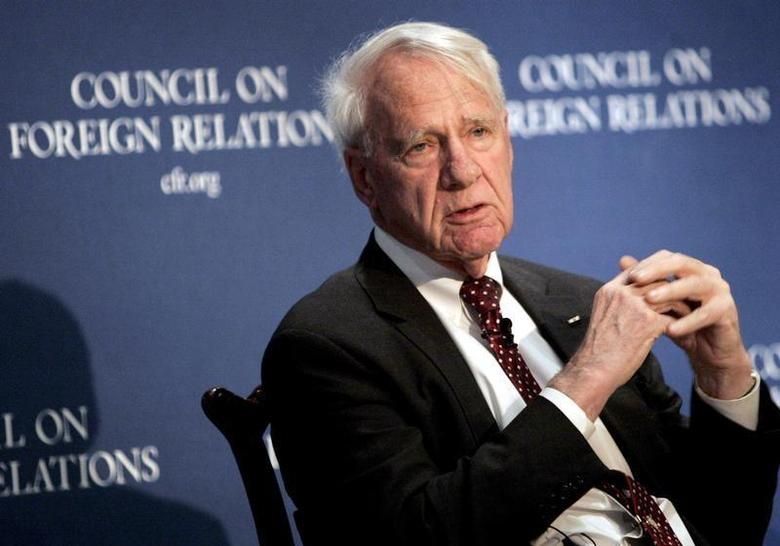 Former Secretary of Defense James Schlesinger speaks at the Council on Foreign Relations in New York December 18, 2006 file photo. REUTERS/Brendan McDermid