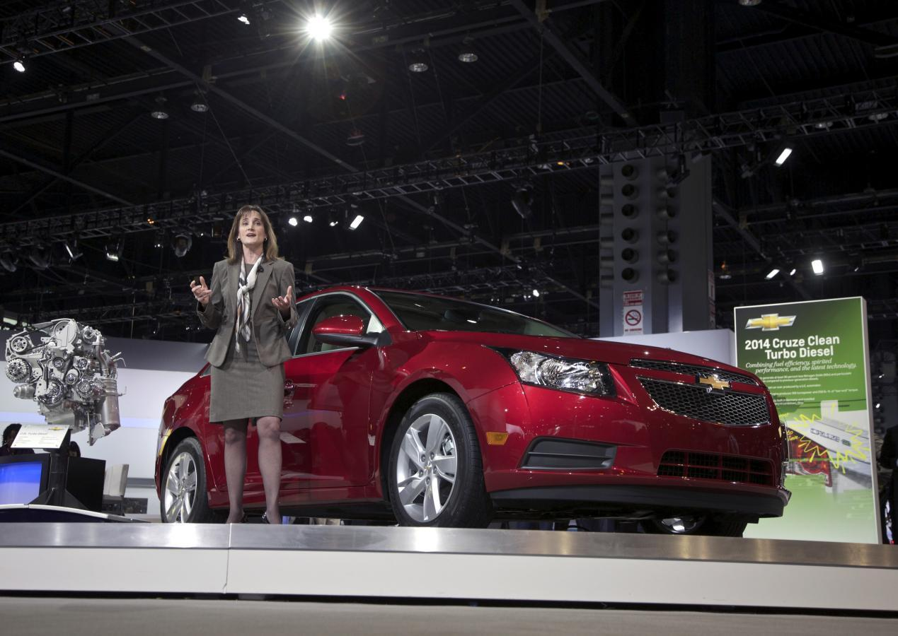 All Chevy chevy 2014 cars : GM stops selling some Cruze small cars, offering no reason