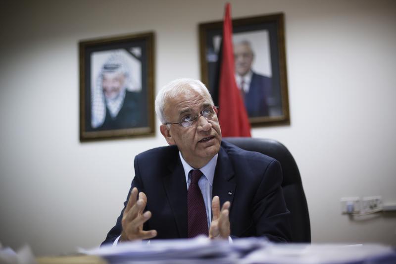 عريقات : الابواب لم تغلق بعد للافراج عن الدفعة الرابعة من المعتقلين الفلسطينيين