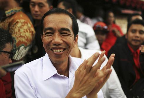 Indonesia's presidential favorite lacks only one thing - a policy platform