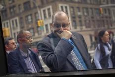 Ingreso a la feria laboral de Connect to Care, Nueva York, mar 21, 2012. El número de estadounidenses que presentaron nuevas solicitudes de subsidios por desempleo cayó con fuerza la semana pasada, a su menor nivel en casi siete años, lo que podría elevar las perspectivas de una aceleración en el crecimiento del empleo luego de que un invierno extremadamente frío redujo las contrataciones. REUTERS/Shannon Stapleton