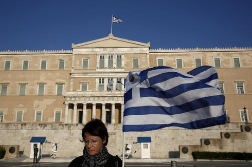 Greek 2013 budget data in line with estimates, stats agency figures show