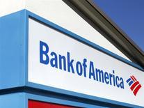Logo de Bank of America, Encinitas, California, ene 14, 2014. Bank of America Corp reportó el miércoles una pérdida en el primer trimestre debido a que tuvo que provisionar 6.000 millones de dólares adicionales para cubrir cargos por litigios, superando el monto para resolver acuerdos legales que el segundo banco más grande de Estados Unidos había anunciado recientemente. REUTERS/Mike Blake